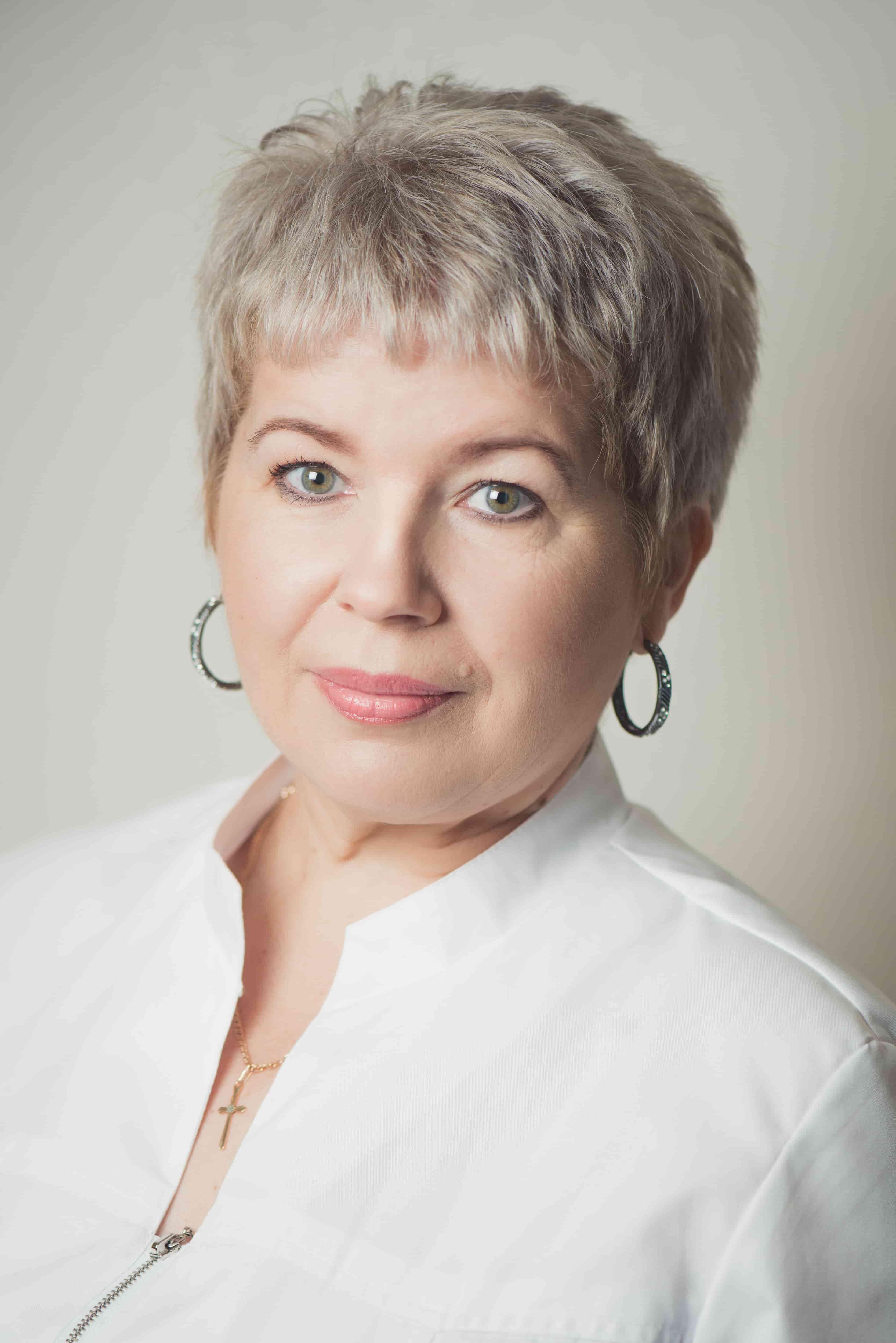Еникеева Марина Анатольевна : Заведущая отделением автоклавирования и стерилизации